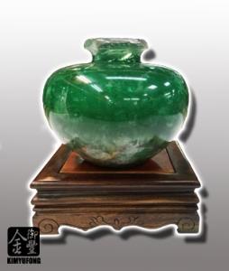 冷翡翠聚寶盆 Fluorite Vase