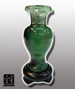 冷翡翠花瓶 Fluorite Vase
