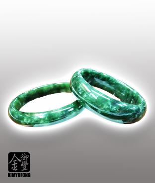 台灣玉鐲 Taiwaness Jade Bracelets